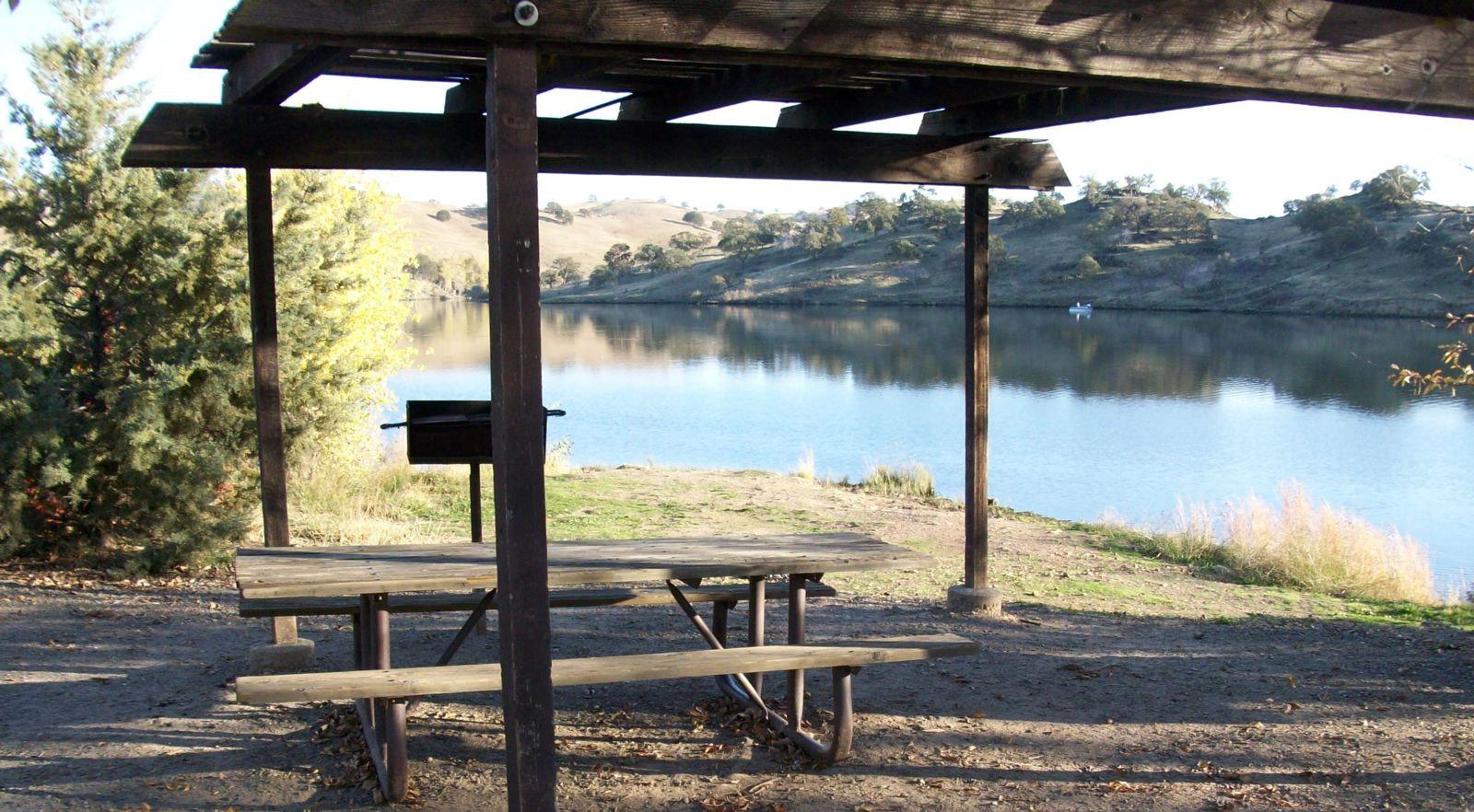 Lake McClure Camping